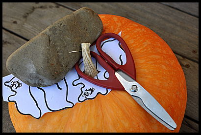 rock paper scissors pumpkin