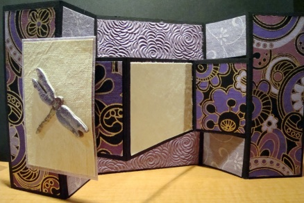 Fold-out greeting card