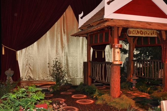 Thai Temple garden show