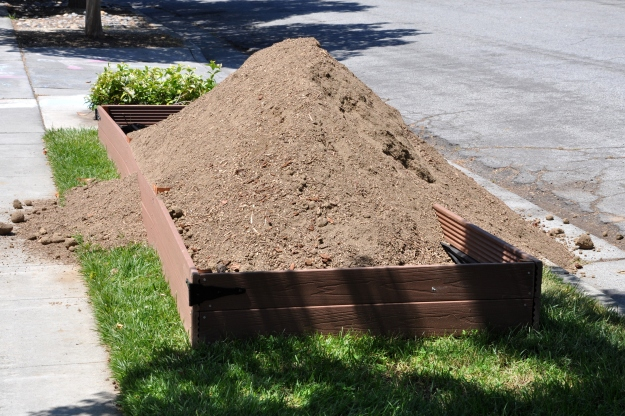 Planting bed 4 x 16
