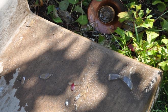 broken hummingbird feeder