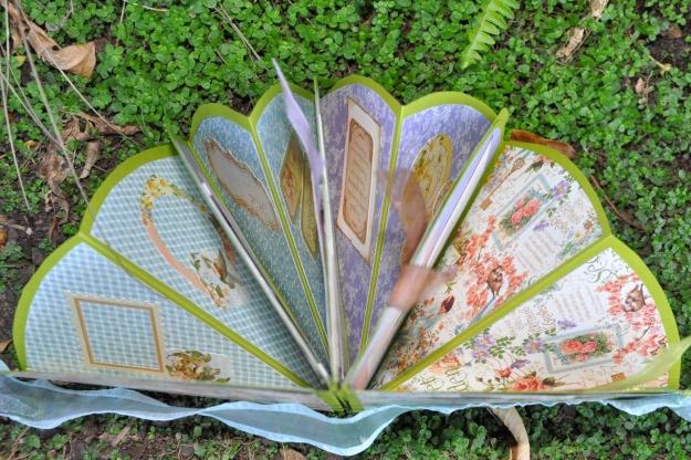 Clam Shell Folds