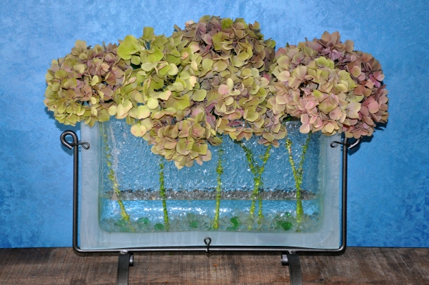 glass vase with hydrangeas