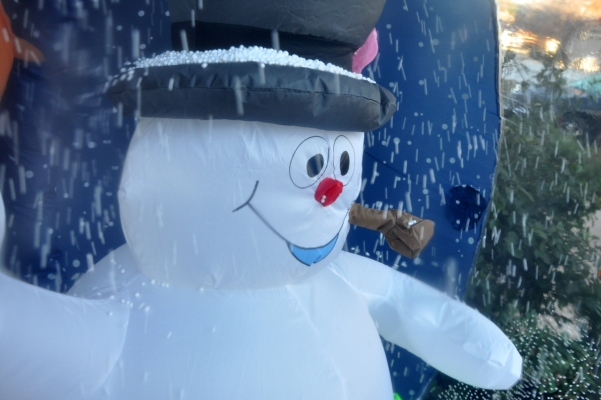 frosty inflatable