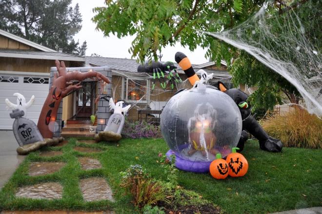halloween garden in the rain