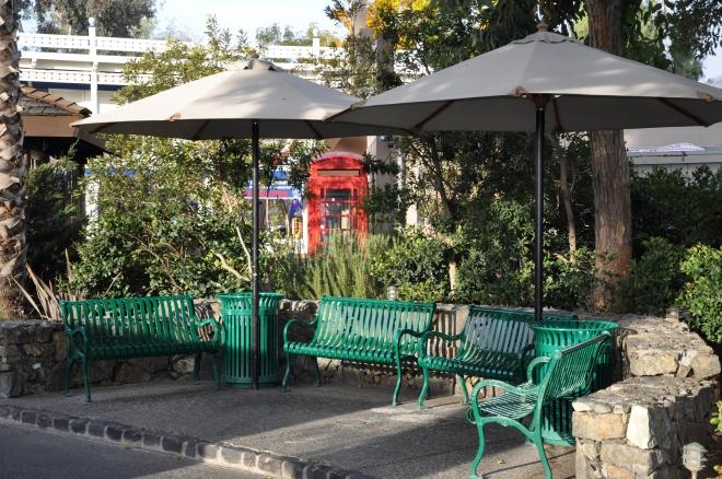 Delta Queen outdoor waiting area