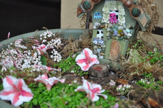 fairy garden detail