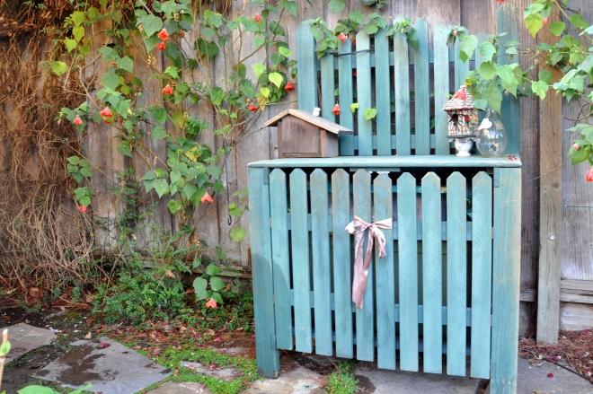 potting bench with ribbon