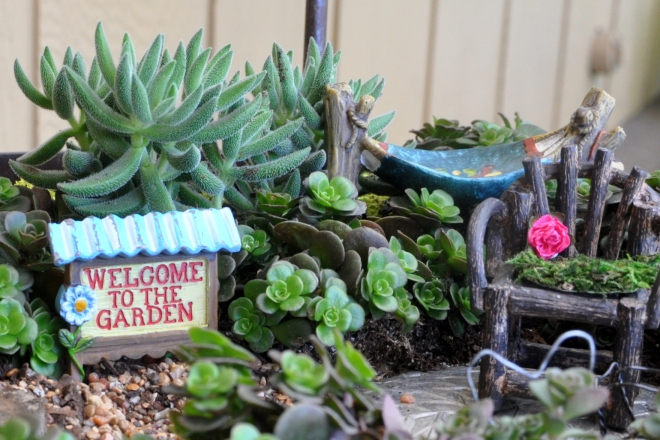 fairy garden sign and hammock