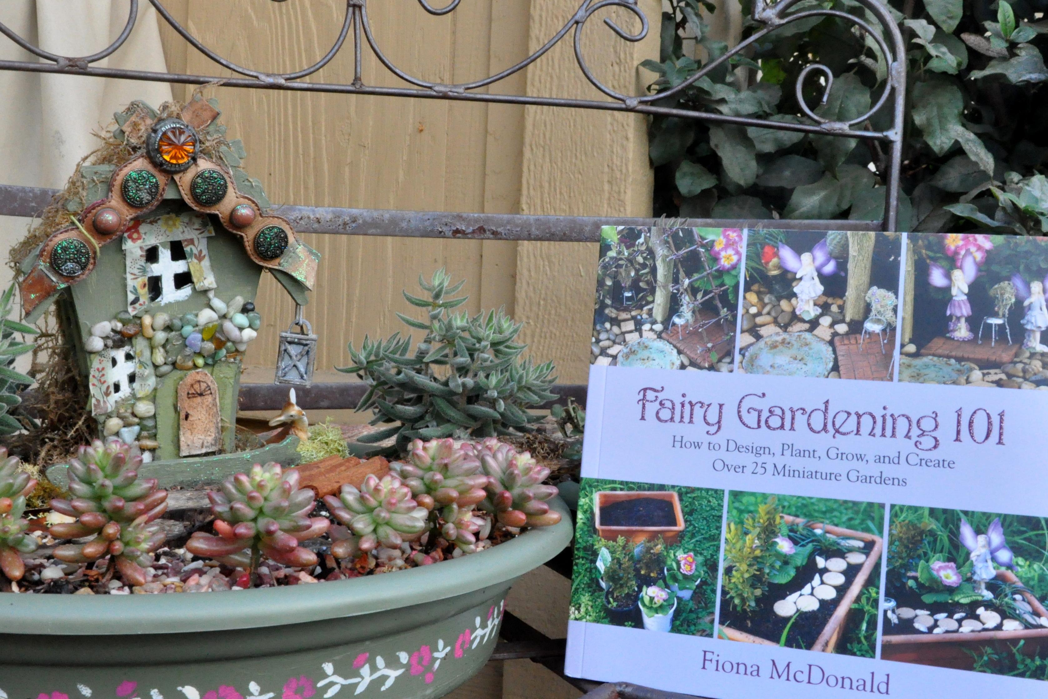 Incroyable Fairy Gardening 101 Book