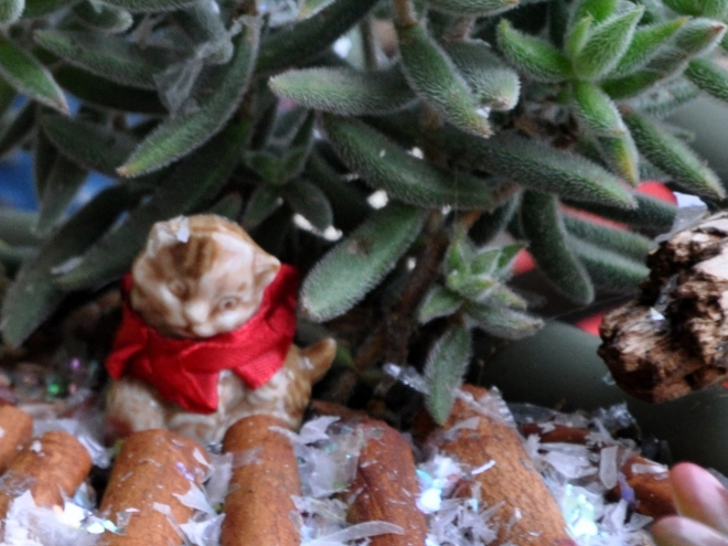 fairy garden kitty with scarf