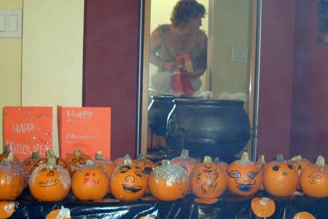 Decorated pumpkins: Halloween 2008