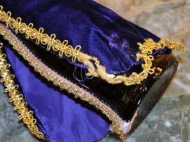 wise-men-purple-cape