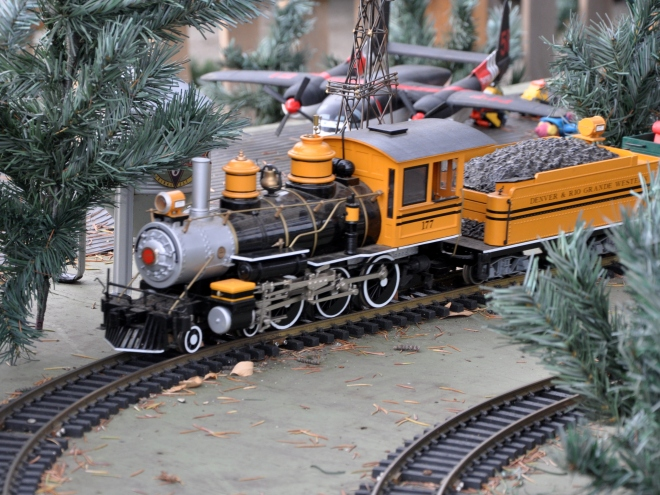 model train in Campbell