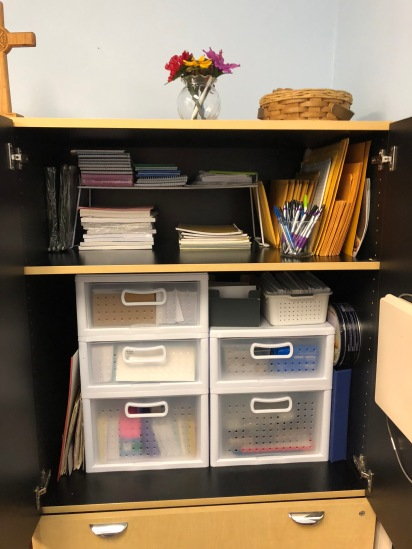 Reorganized stationary cabinet