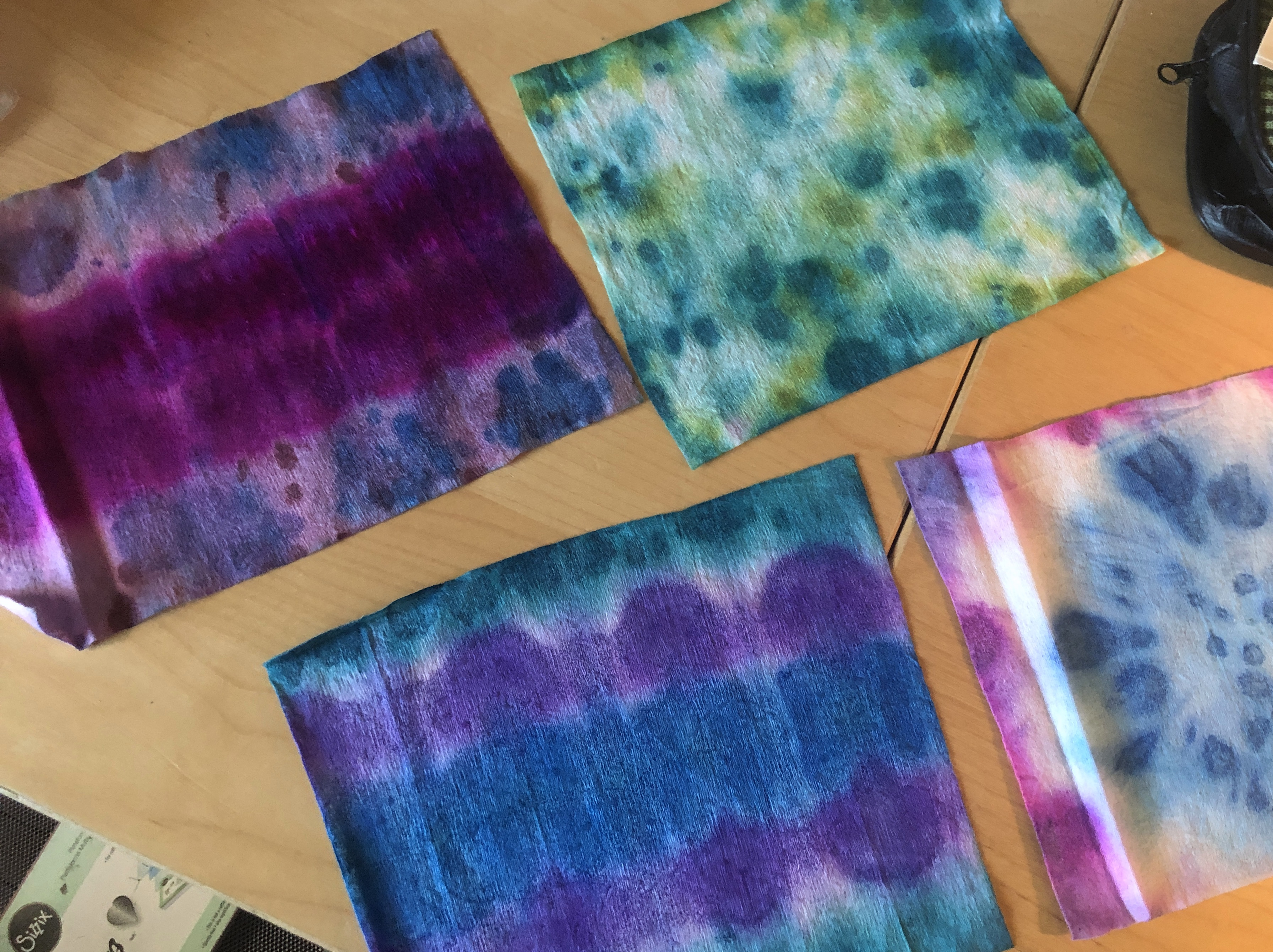 tie dyed wet wipes