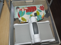Sizzix die cutting machine and plates